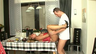 Kinky mature enjoys a cunt licking and fucking