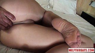 Hot milf nylon with cumshot