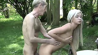 Old Young Porn Teen Gold Digger Anal Sex With Grandpa