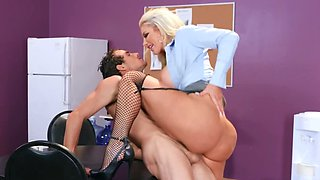 Custodian seduced by angry blonde boss during lunch break