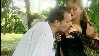 80 minutes long French sex movie with hot wet pussies