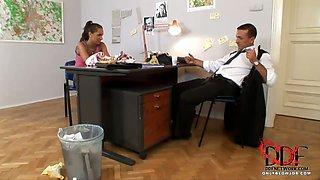 Sweet sucks boss in office