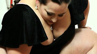 BBW Mistress Jitka swallowed guy's face with her ass