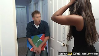 Brazzers - Shes Gonna Squirt - Jasmine Webb and Danny D -  Lovin That Porno Vibe