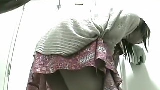 1919gogo7243 Voyeur Movies women of shame toilet voyeur 105