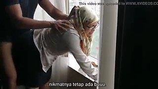 Mom hijab