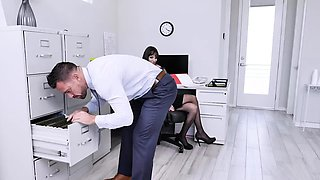 Lucky employee gets to eat his boss yummy pussy