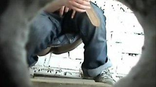 Curvy babe pees in a voyeur video clip