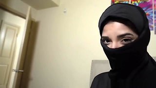 Muslim teen Gabriela Lopez watch out for her dad