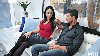 Drop dead gorgeous housewife Sheena Ryder gives her head and gets fucked hard