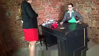 chubby russian PAWG becomes a secretary