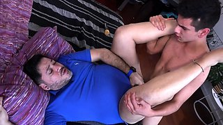 Twinks Barevback Spitroast Daddy Ferdinand