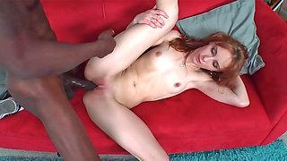 Laila Mason receiving big black cock in her twat