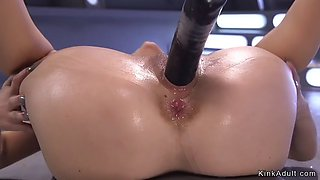 Babe standing and riding machine