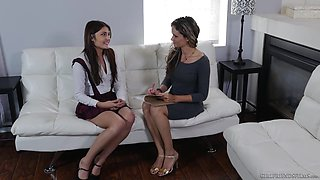 Skilled lesbian finger fucks pussy of greenhorn Adria Rae and makes her real orgasm
