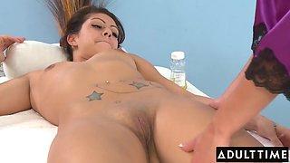 Alyssa Reece In Seductive Masseuse Devours Her New Clients Pussy