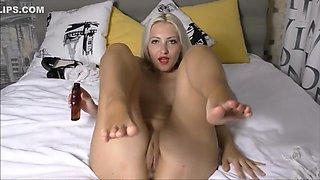 Footjob Oiled barefoot Nylons fetish Masturbation (Helena Moeller)