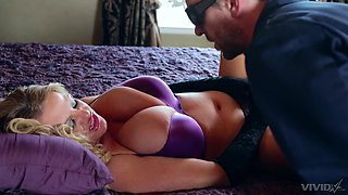 Mature wife fucked merciless by the neighbor