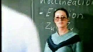 Verführung Auf Der Schulbank - (Full Movie)