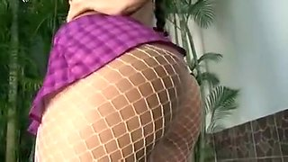 Beautiful curvy babe sucks cock and gets drilled