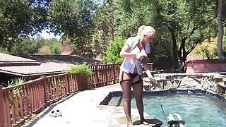 Milf, big-tits, pool