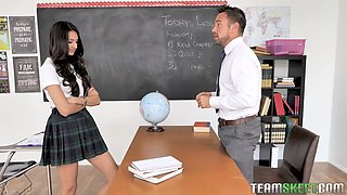 Lovely college chick Eliza Ibarra gets intimate with handsome professor Johnny