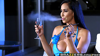 Brazzers - Milfs Like it Big - Isis Love Michael Vegas - Wet And Smoking