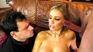 Quickie fucking in the bedroom with Kenzie Taylor and her cuckold hubby