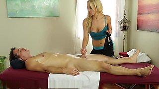 Babysitter slut gets fucked in the gym