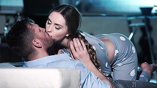 Ukrainian seductress Lena Reif is fucked by brutal guy Ian Scott
