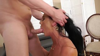 Desperate Housewife Pounded In Booty