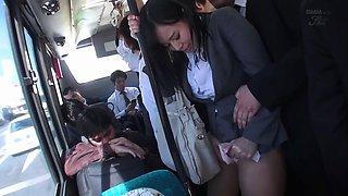 Tsukada Shiori In Jufd-491 - Bus Tour Guide Gets Wet