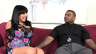 Busty Cougar Sienna West Gives Blowjob To A BBC