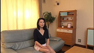 Hot Asian mom has needs that only a young stud can fulfill
