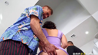 lasirena party like a finger's up your ass (brazzers)