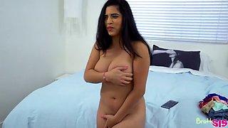 My Step Sisters Big Tits - S14:E9