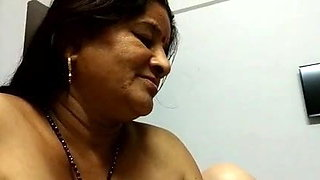 Desi Mature Aunty With Dadaji