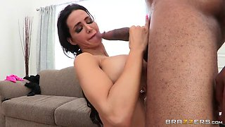 Mommy Got Boobs: Time 2 Meet The Mutherload. Amy Anderssen, Jovan Jordan