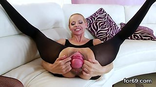 Lezzie bombshells gape their deep anals and penetrate hefty vibrators