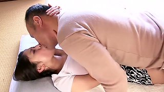 Minami ayase constanly wet and horny young wife
