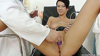 Diagnosis and examination pussy
