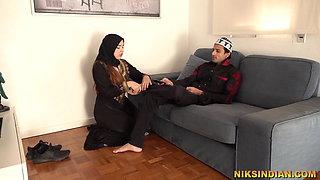 Hot Muslim Teen masturbates and gives Blowjob to Brother