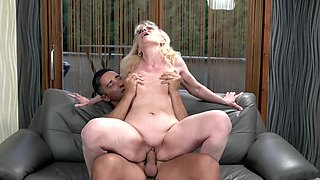 Walking in the fresh air makes blonde old woman hungry for cock