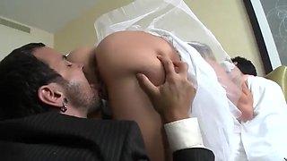 Wedding night cheat