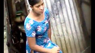 Bangla desi village girls bathing in Dhaka city HQ (4)